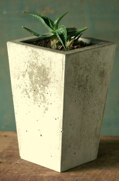 simple, square, tapered, well-proportioned concrete planter