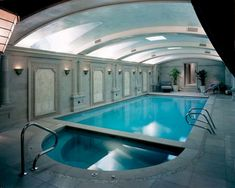 30 Incredible Indoor Swimming Pool Design For Comfortable Swim Ideas – Home and Apartment Ideas The Effective Pictures We Offer You About pool ideas videos A quality picture can tell you many things. Lap Swimming, Swimming Pool House, Luxury Swimming Pools, Luxury Pools, Indoor Swimming Pools, Swimming Pool Designs, Pools Inground, Piscina Interior, Beautiful Pools