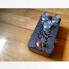 unknown pleasures painted guitar pedal