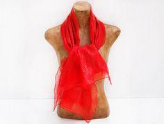 Seide Schal hellrot handgefertigt aus chiffon Seide von RiViDesign, €55.00