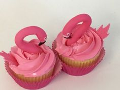 Flamingos cupcakes - electric pink