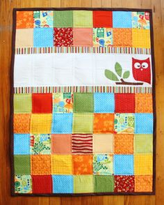Cute quilt with handmade applique using freezer paper. Blog - homeandawaywithlisa