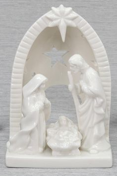 #DesBookMomGiveaway Mom loves Nativity sets! Holy Family Votive, 6.5 inches, Ceramic | Deseret Book