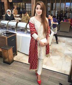 Pinterest: @pawank90 Pakistani Couture, Pakistani Dresses, Indian Dresses, Indian Suits, Indian Attire, Indian Wear, Kurta Patterns, Kurta With Pants, Designer Punjabi Suits