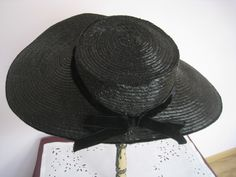 mc018 mm vienne nr 380 femme au grand chapeau lady large hat cathybroc store cartes postales. Black Bedroom Furniture Sets. Home Design Ideas