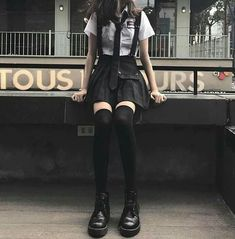 Best Outfit Styles For Women - Fashion Trends Edgy Outfits, Korean Outfits, Mode Outfits, Grunge Outfits, Girl Outfits, Fashion Outfits, Kawaii Fashion, Cute Fashion, Teen Fashion