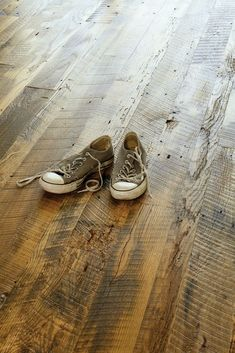 Your basement flooring options are not really any different from the flooring options elsewhere in your home. Everything from ceramics to hardwood, all are possible choices for your basement floor… Modern Wood Floors, Dark Wood Floors, Rustic Hardwood Floors, Hardwood Plywood, Farmhouse Flooring, Wide Plank Flooring, Timber Flooring, Dark Flooring, Linoleum Flooring