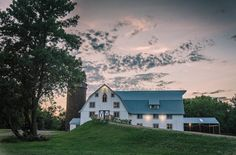 Discover vintage splendor within the dramatic spaces of the historic Bloom Lake Barn. Photo Credit: Bloom Lake Barn and Kelly Birch Photography Luxury Wedding Venues, Rustic Wedding Venues, Wedding Locations, Wedding Barns, Barn Weddings, Wedding Ideas, Wedding Inspiration, Storybook Wedding, Event Venues