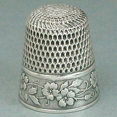 Antique-Sterling-Silver-Wild-Roses-Thimble-by-Webster-Co-Circa-1890s