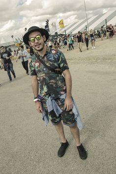 Looks masculinos do LollaPalooza 2017. Macho Moda - Blog de Moda Masculina: Os Looks Masculinos do LollaPalooza Brasil 2017. Moda Masculina, Roupa de Homem. Looks Masculinos para Festival, Looks para Festival, Dicas de Looks para Festival de música.