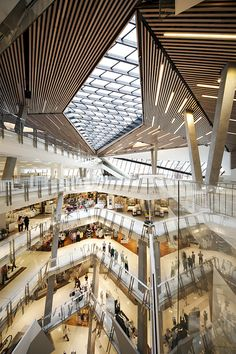 Ceiling Design surrounding rooflights - gallery of Myer Bourke Street Redevelopment / NH Architecture. Photograph by John Gollings Retail Architecture, Commercial Architecture, Space Architecture, Australian Architecture, Skylight Design, Atrium Design, Ceiling Design, Shopping Mall Interior, Retail Interior