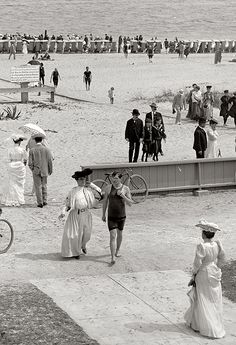 Florida circa 1905. The beach at Palm Beach.