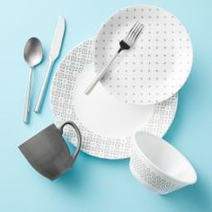 Create contemporary place settings with this fun, mix-and-match Farmstead Gray dinnerware from Corelle. Corelle Plates, Tableware, Clean Plates, Dishwashing Liquid, Appetizer Plates, Porcelain Mugs, Stoneware Mugs, Plates And Bowls, Dinner Sets