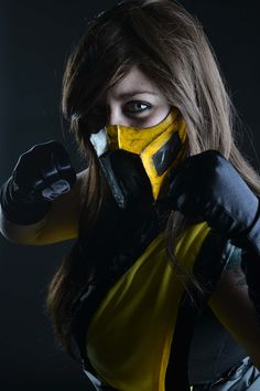 Scorpion Mortal Kombat Cosplay http://geekxgirls.com/article.php?ID=2761