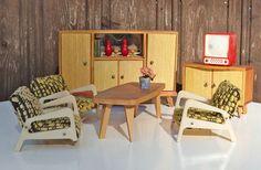 Vintage Puppenmöbel - Puppenstube, Wohnzimmermöbel, 60er Jahre - ein Designerstück von Speicherfunde bei DaWanda