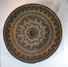 """Antique Apache Indian willow basket tray is very large at 20 1/2"""" diameter, 5"""" deep. Woven of splits of willow and martynia (devils claw) over a three rod bundle foundation, circa 1900."""