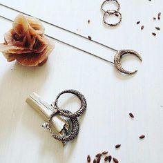 Contemporary jewellery brand by @laura_bassan_jewels _________ Utilizza #designtowerMe  @designtower.eu  #blog #art #madeinitaly  www.designtower.eu _________ #handmade #design #style #etsy #giftguide #buyhandmade #shophandmade #italiandesign #italiandesigner #vsco #vscocam #handmadejewellery #handmadejewelry #ring #homedecor #fattoamano #DIY #craft #artisanal #artisancraft #creation #creative #crafty #madewithlove  #handcraft #handmadewithlove