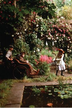 The Secret Garden based on book of same name by Frances Hodgson Burnett. The Secret Garden 1993, Secret Garden Book, Grand Art, Natural Looks, Hedges, Little Princess, Organic Gardening, Hyun Bin, Nature
