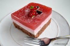 Cheesecake fara coacere cu capsuni, zmeura sau fructe de padure   Savori Urbane New York Style, Cheesecakes, Cookie Recipes, Panna Cotta, Goodies, Baking, Ethnic Recipes, Sweet, Mikey Mouse