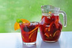 As far as wine cocktails go, sangria is the fan favorite for wine lovers looking for a light way to cool off when temperatures take a steep upward turn. Sangria is a traditional drink in Spain and Portugal and one that comes with a standard recipe a Wine Cocktails, Alcoholic Drinks, Beverages, How To Make Sangria, Standard Recipe, Fruit Punch, Lemonade, Lime, Recipes
