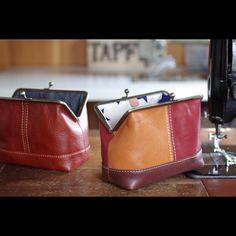 . 気まぐれバージョン!✨ . #ヌメ革ポーチ #がま口ポーチ #レザー #レザークラフト #革 #革小物 #ハンドメイド #ミシン #leather #leathercraft #handmade #leatherwork #leathergoods #fashion #vegtan #bespoke #machinesewing #sewingmachine #pentax #madeinjapan #tapfer_leather  #iichi #pinkoi #pinkoijp
