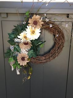 Summer wreath - sunflowers and burlap DIM (did it myself)
