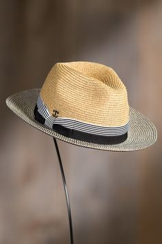 Intricately crafted of Toyo straw, this summer weight Safari hat crowns you in a fusion of eye-catching patterns. Mens Dress Hats, Men Dress, Safari Hat, Trendy Mens Fashion, Classic Hats, Cool Hats, Well Dressed Men, Fedora Hat, Headgear