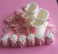 Fondant Baby Shoes, Naming Ceremony, Unicorn Cake Topper, Fondant Flowers, Celebration Cakes, Christening, Cake Toppers, Biscuit, Icing
