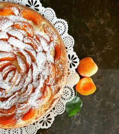 Najlepsi na svete .s ricottou plny sladkych marhul  Dessert Recipes, Desserts, Ricotta, Ale, Baking, Ethnic Recipes, Yum Yum, Dinners, Heaven