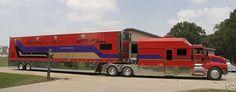 Big old truck 70 Ideas for 2019 Show Trucks, Big Rig Trucks, Old Trucks, Custom Big Rigs, Custom Trucks, Truck Transport, Luxury Rv, Peterbilt Trucks, Trucks And Girls