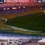 Brasil despenca nas trevas da crise, mas governo do Rio testa iluminação multicolorida no Maracanã