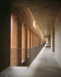 Massimo Carmassi - Ampliamento Del Cimitero Urbano Di Arezzo