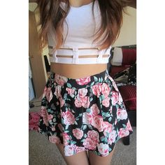 ♡ omg I love the skirt if anyone knows where it's from please tell me!