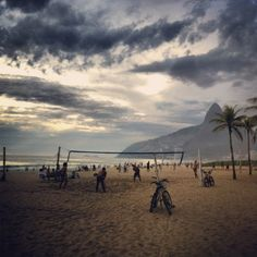 A guide to the 7 best beaches (and beach towns) in brazil.