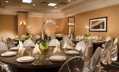The Embassy Suites Dulles Airport Ballroom has hosted many Social Events.  To plan your next event go to:  http://embassysuites3.hilton.com/en/hotels/virginia/embassy-suites-dulles-airport-WASDAES/event/index.html