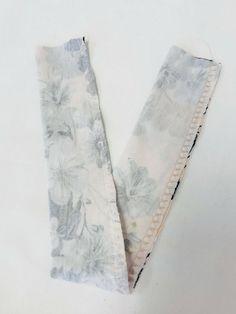 Hårstrikk / Scrunchies Scrunchies, Floral Tie, Floral Lace