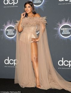 Timeless: Toni Braxton, showed the world she still has it with her stunning sheer gown. Toni Braxton, Celebrity Babies, Celebrity Style, Foreign Celebrities, Beautiful Love Pictures, Sheer Gown, Dope Hairstyles, Style Finder, Prom Dresses