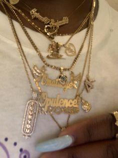 Cute Jewelry, Body Jewelry, Jewelry Accessories, Jewlery, Unusual Jewelry, Ropa Hip Hop, Accesorios Casual, Black Girl Aesthetic, Mode Style