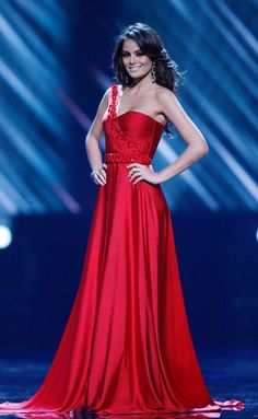 Jimena Navarrete, Miss Universe 2010. something like this would make a fantastic recital dress.