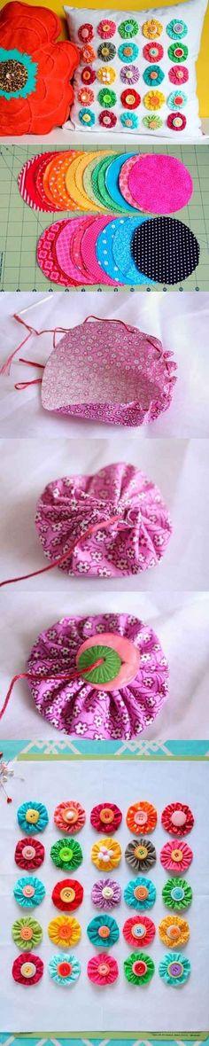 Aprenda a fazer passo a passo um linda almofada de fuxico. Ela é super simples e bonita, qualquer pessoa pode fazer esse belo artesanato.