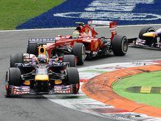 Und mal wieder sieht die Konkurrenz nur sein Heck: Formel-1-Weltmeister Sebastian Vettel feierte beim Grandprix in Monza einen Start-Ziel-Sieg. (Foto: Daniel dal Zennaro/dpa)