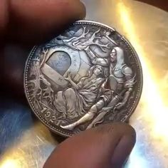 Choses Cool, Drawings For Boyfriend, Cool Gadgets To Buy, Hobo Nickel, Coin Art, Satsuriku No Tenshi, Cool Inventions, Mask Design, Drawing People