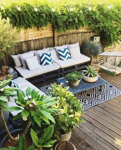 love this outdoor setting #instahome#decoration#designhome#industrial#interior123#homedetails#interiordetails#homesweethome#interiorforinspo#interior4you#interiorinspiration#terrasse#garden#exteriordesign#terrace#balcony#mynordicroom#interiordesign#homeinspi#mamaison#deco#decoaddict#mydeco#madecoamoi#madeco#passiondeco#instadeco#homedeco#decohome#exterior via @coconuts_deco via @manchesterfactory
