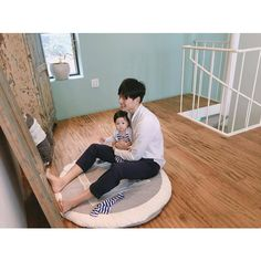 Ideas Baby Girl Korean Daddy For 2019 Father And Baby, Dad Baby, Baby Kids, Baby Boy, Cute Asian Babies, Korean Babies, Cute Babies, Cute Family, Family Goals