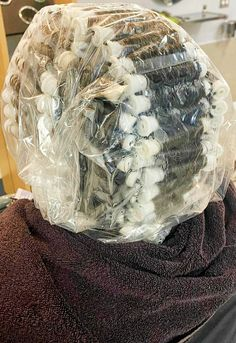 Perm Rods, Hair And Beauty Salon, Perms, Permed Hairstyles, Hair Styles, Perm, Waves, Perm Hairstyles, Hair Plait Styles