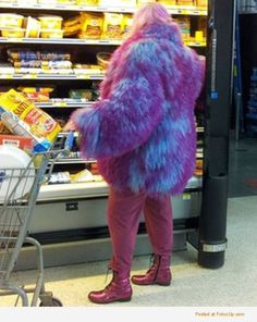 OMG!! I TOTALLY SAW THIS LADY WHEN SHE WALKED IN AND I THOUGHT DANG I WISH I HAD MY PHONE!!! SAD THING WAS EVEN THE STORE GREETER WAS LIKE STFU! EVEN THE HAIR WAS PURPLE!