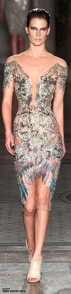 #London Fashion Week Julien Macdonald Fall/Winter 2014 RTW