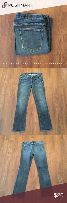 """J. Crew Matchstick Jeans Great pair of jeans! 29S. 98% cotton 2% spandex 15"""" waist laying flat, 29"""" inseam  7.5 front rise, 11"""" back rise   Need any other information? Measurements? Materials? Feel free to ask! Don't be shy, I always welcome reasonable offers! Fast shipping! Same or next day! Sorry, no trades!  Happy Poshing!☺️ J. Crew Jeans"""