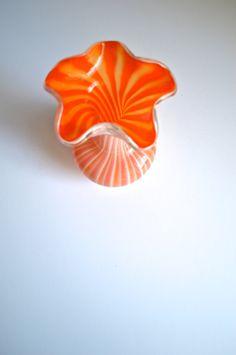 Vintage Murano Glass Tulip Cased Art Glass Vase by AtomicHawks on Etsy