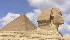 Great Pyramid of Giza and Sphinx, Egypt. I have always had an obsession with Ancient Egypt. Hopefully one day I can see it in person oh-the-places-i-ll-go Beautiful Places In The World, Places Around The World, Wonderful Places, Amazing Places, Le Sphinx, Sphinx Egypt, Giza Egypt, Places To Travel, Places To See